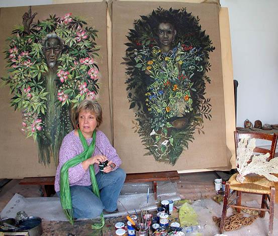 L'artista Maria Giulia Alemanno in studio