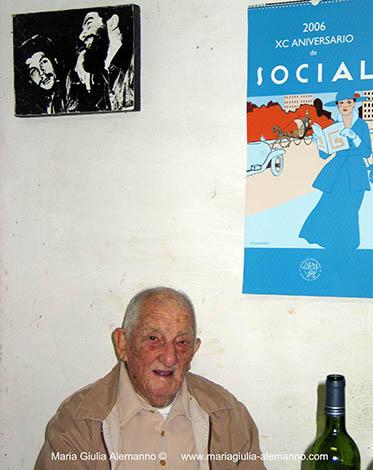 Alberto Granado nella finca dell'artista Ruddy Fernández a Cuba. Gennaio 2006