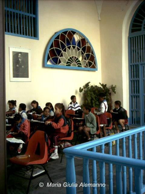 A Cuba si studia nelle case coloniali restaurate