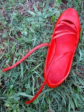 zapatos_rojos_scarpa-rossa-jpg